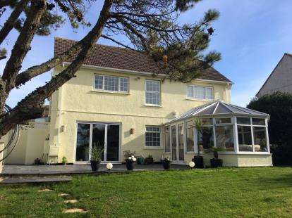 4 Bedrooms House for sale in Padstow, Cornwall