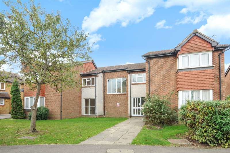 Apartment Flat for sale in Rabournmead Drive, Northolt, Middlesex, UB5