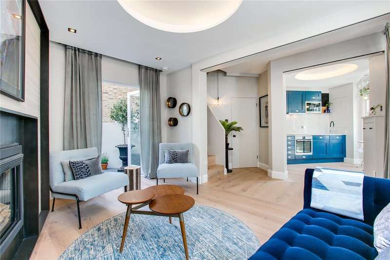 3 Bedrooms Terraced House for sale in Gayford Road, London, W12