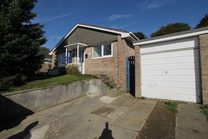 3 Bedrooms Detached Bungalow for sale in Henlake Close, Ivybridge, PL21 9JA