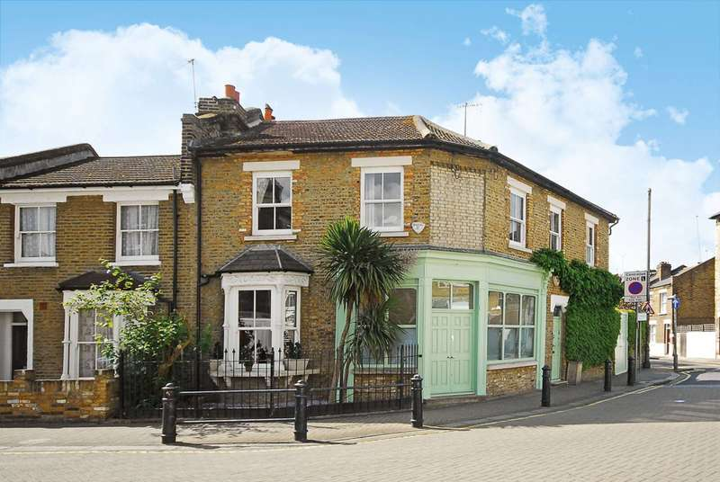 4 Bedrooms House for sale in Aldensley Road, Brackenbury Village, W6