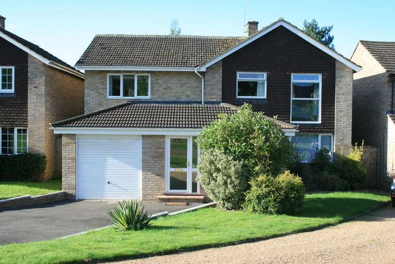 5 Bedrooms Detached House for sale in Arthur Road, Wokingham, Berkshire, RG41