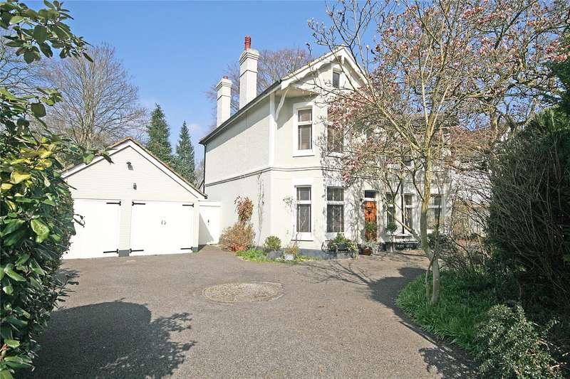 4 Bedrooms Detached House for sale in Dartnell Park Road, West Byfleet, Surrey, KT14