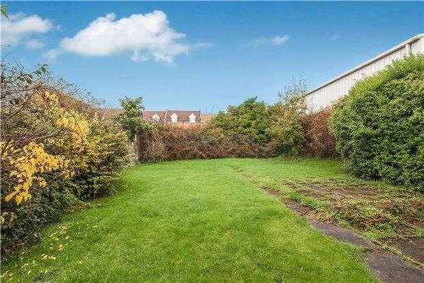 3 Bedrooms Semi Detached House for sale in 2 Tilling Road, BRISTOL, BS10 5AL