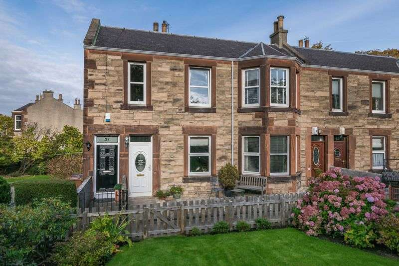 3 Bedrooms Flat for sale in 87 Baronscourt Terrace, Willowbrae, Edinburgh, EH8 7EN