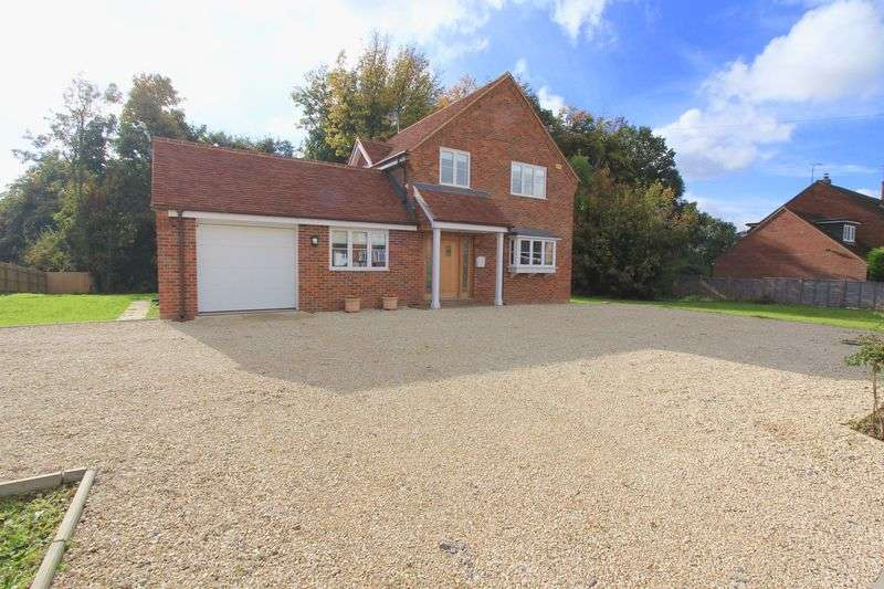4 Bedrooms Detached House for sale in Cherry Tree Lane, Great Missenden
