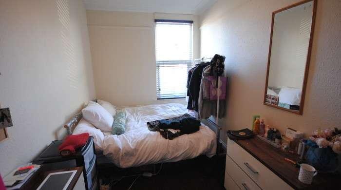 6 Bedrooms Terraced House for rent in Estcourt Terrace, Headingley, LS6