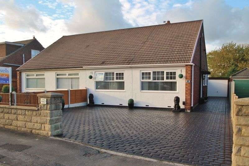 2 Bedrooms Semi Detached Bungalow for sale in Balmoral Road, Ormesby