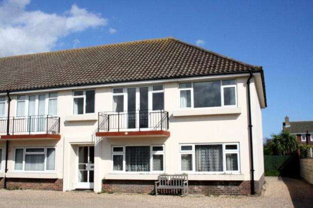 2 Bedrooms Apartment Flat for sale in Rawson Court, Sea Lane, Rustington, West Sussex, BN16