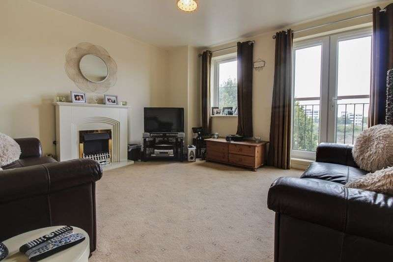2 Bedrooms Flat for sale in Argosy Way, Newport