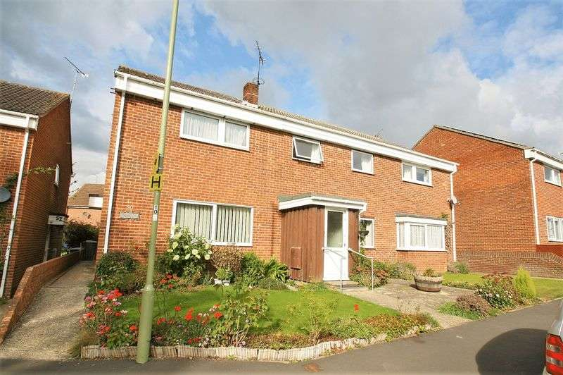 3 Bedrooms Terraced House for sale in Langton Road, Bishops Waltham