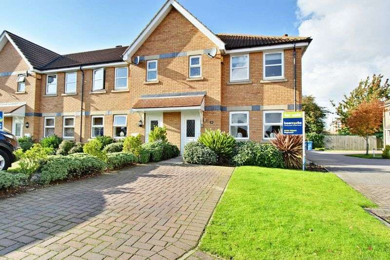 3 Bedrooms Terraced House for sale in Thamesbrook, Sutton
