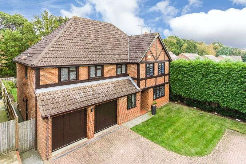 5 Bedrooms Detached House for sale in Acer Avenue, Tunbridge Wells
