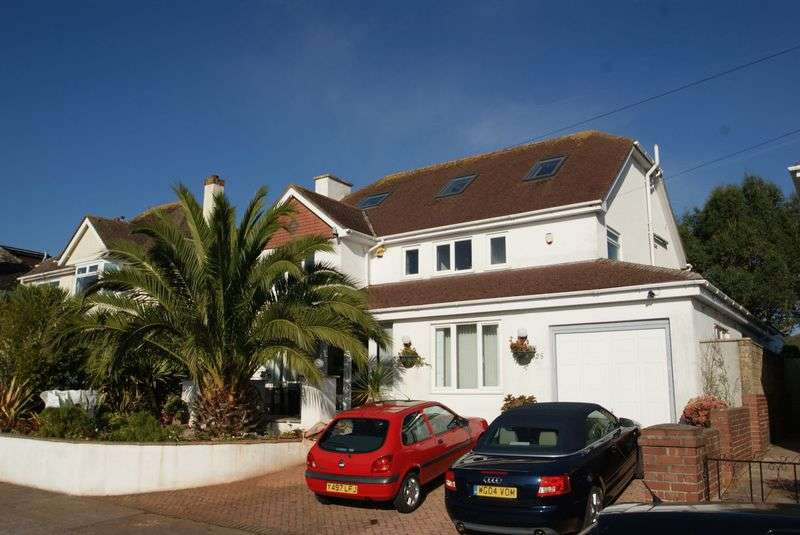 5 Bedrooms Detached House for sale in Barcombe Heights, Preston, Paignton