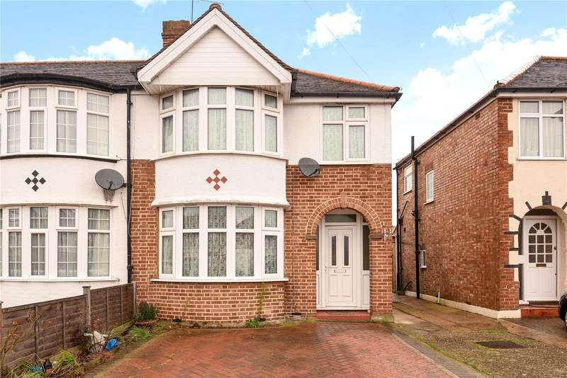 3 Bedrooms Semi Detached House for sale in Glamis Crescent, Hayes, Middlesex, UB3