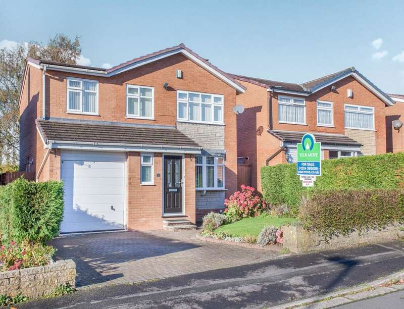 4 Bedrooms Detached House for sale in Kilbride Avenue, Bolton, BL2
