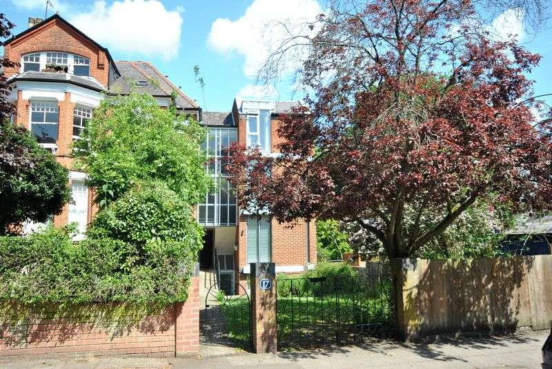 1 Bedroom Flat for sale in Haslemere Road, London, N8