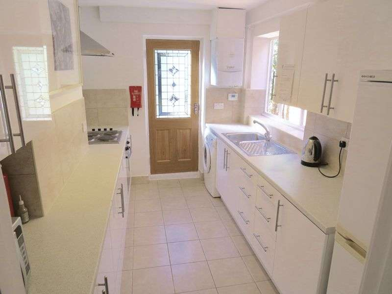 3 Bedrooms Terraced House for sale in Ossulton Place, East End Road, East Finchley N2