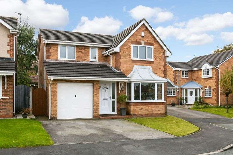 4 Bedrooms Detached House for sale in Somerton Close, Standish, WN6 0RP