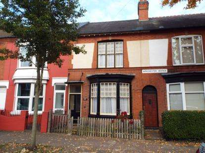 3 Bedrooms Terraced House for sale in Winchester Avenue, Leicester