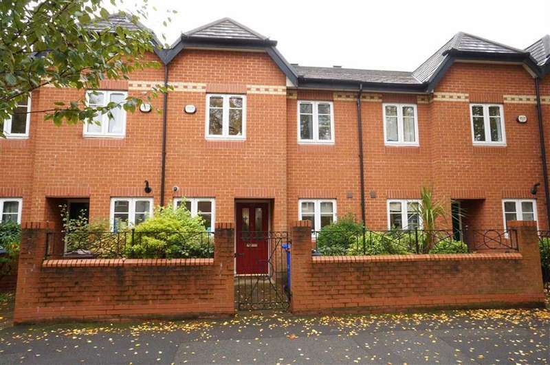 3 Bedrooms Property for sale in Brantingham Road, Chorlton, Manchester, M21