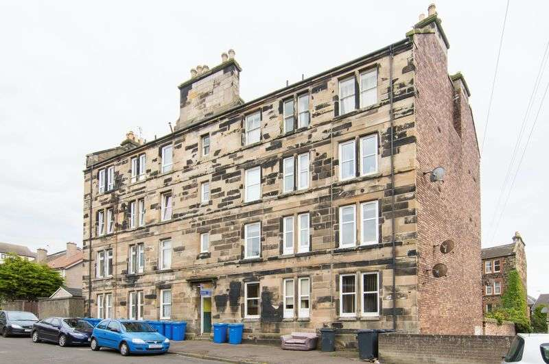 1 Bedroom Flat for sale in 7 Roman Road, Inverkeithing, Fife, KY11 1AX