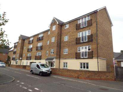 1 Bedroom Flat for sale in Purfleet, Essex