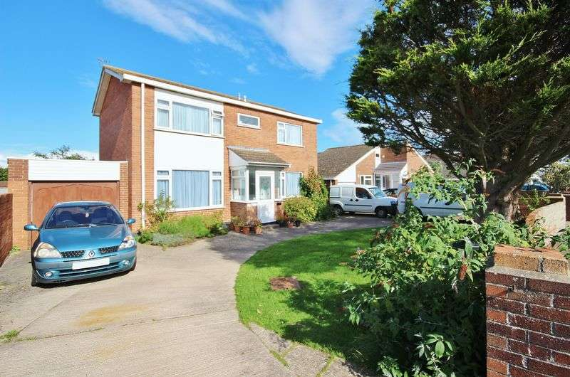 4 Bedrooms Detached House for sale in Berrow, Nr Burnham on Sea
