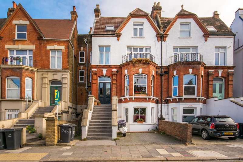 2 Bedrooms Flat for sale in Norwood Road, Brockwell Park, SE24