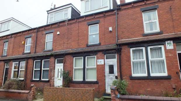 5 Bedrooms Terraced House for rent in Mayville Place, Leeds, LS6