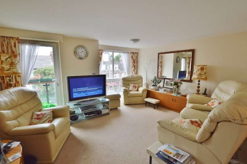 2 Bedrooms Flat for sale in Greyholme Court, Tilbury Close, Hatch End
