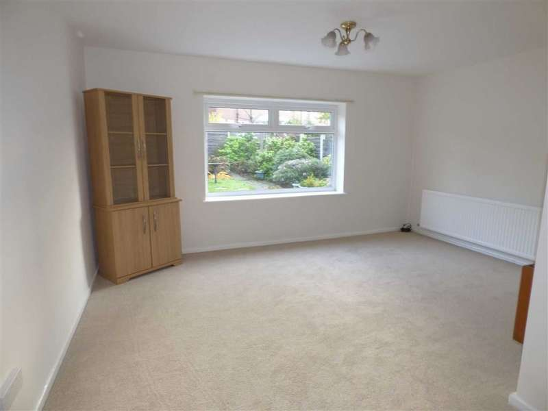 3 Bedrooms Property for sale in Wolsey Street, HEYWOOD, Lancashire, OL10