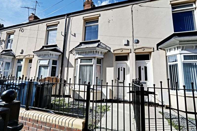 2 Bedrooms Terraced House for sale in Holland Street, Hull