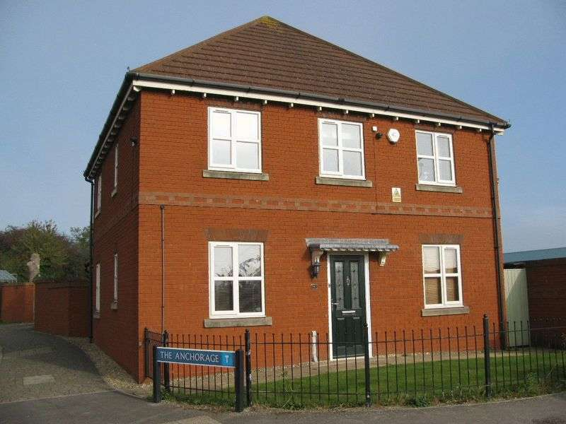 4 Bedrooms Detached House for sale in Hempsted Lane, Gloucester