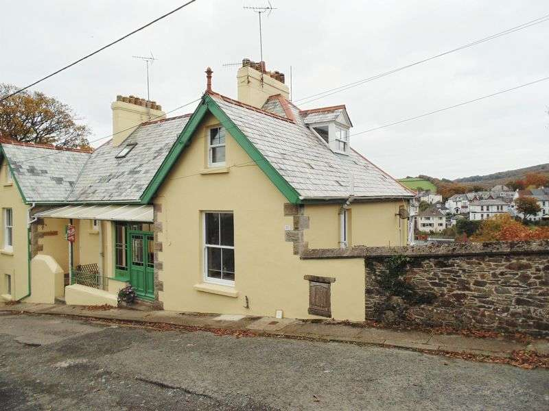 4 Bedrooms Flat for sale in Okehampton