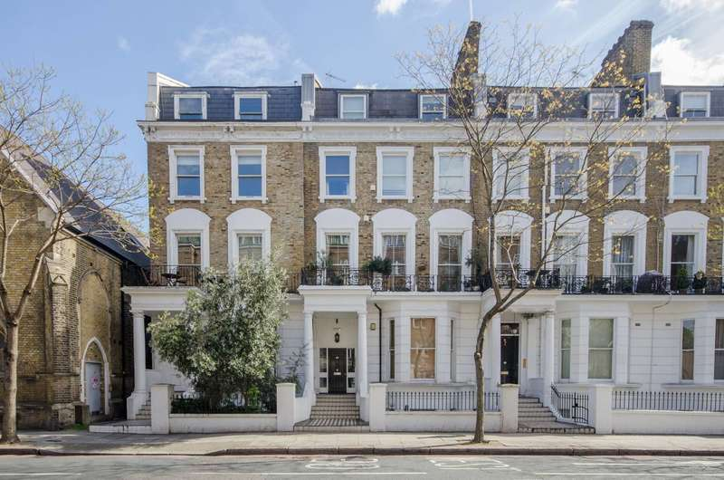 2 Bedrooms Flat for sale in Earls Court Road, Kensington, Kensington, W8