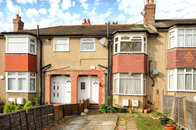1 Bedroom Maisonette Flat for sale in Reading Road, Northolt, Middlesex, UB5