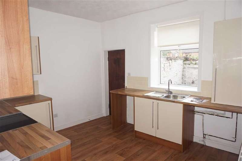 2 Bedrooms Property for sale in Melita Street, Darwen, Lancashire