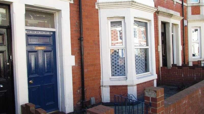 3 Bedrooms Flat for rent in Bayswater Road, Jesmond, Newcastle Upon Tyne