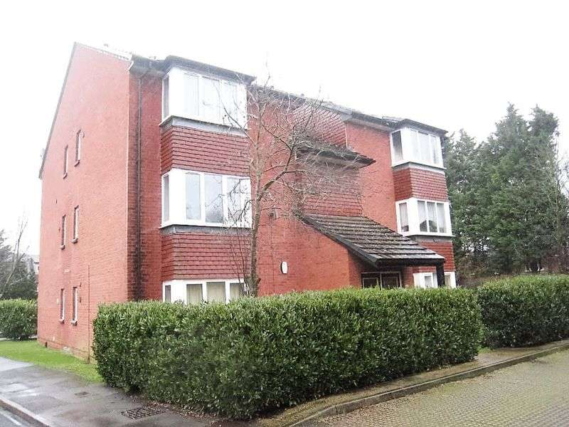 1 Bedroom Flat for sale in Mead Avenue, Langley