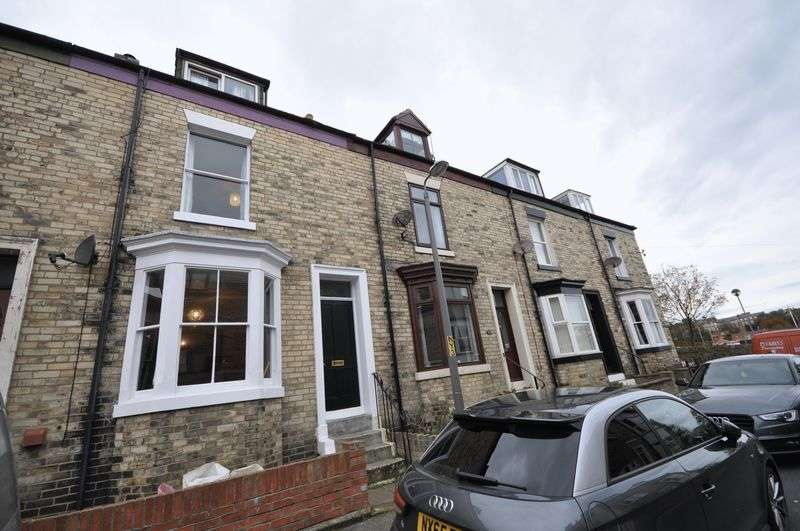 3 Bedrooms Terraced House for sale in Gray Street, Whitby