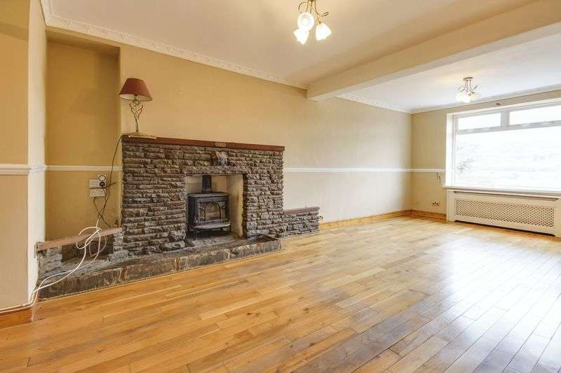 3 Bedrooms Terraced House for sale in Lower Ochrwyth, Newport