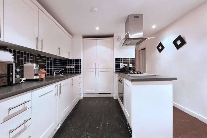 2 Bedrooms Apartment Flat for sale in Hallings Wharf Studios, Channelsea Road, Stratford, E15