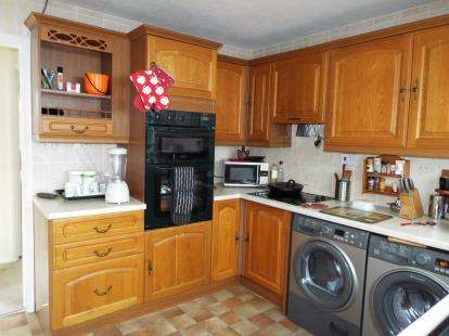3 Bedrooms Bungalow for sale in South Wootton, King's Lynn, Norfolk