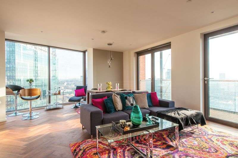 2 Bedrooms Flat for sale in Embassy Gardens, 5 New Union Square, London