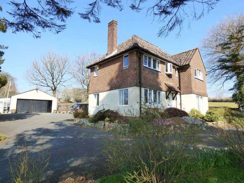 4 Bedrooms Detached House for sale in Lewdown, Okehampton