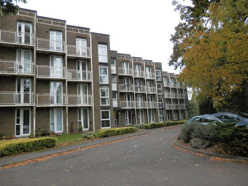 2 Bedrooms Flat for sale in Nonington Court, Sandwich Road, Nonington