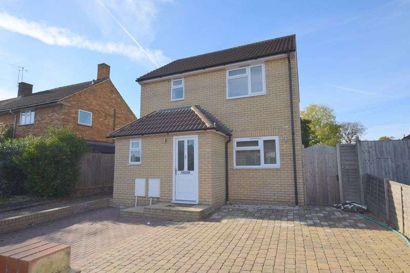 2 Bedrooms Detached House for sale in Windmill Road, Hemel Hempstead