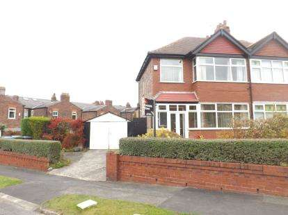 3 Bedrooms Semi Detached House for sale in St. Annes Avenue, Grappenhall, Warrington, Cheshire, WA4