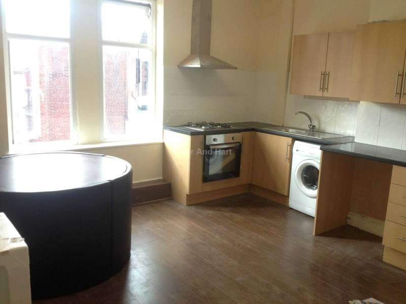 4 Bedrooms House Share for rent in 4 Ensuite Double Rooms, Old Swan, Liverpool